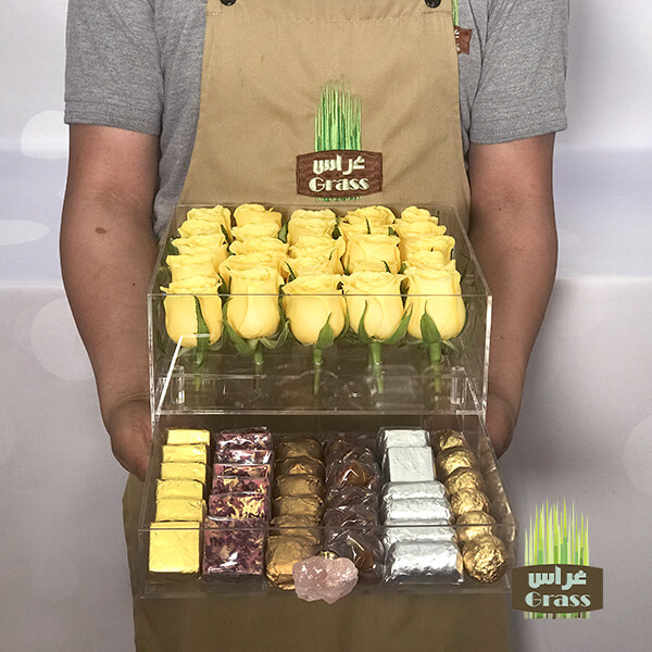 LU'CHOCO Chocolate Acrylic Box with Yellow Roses